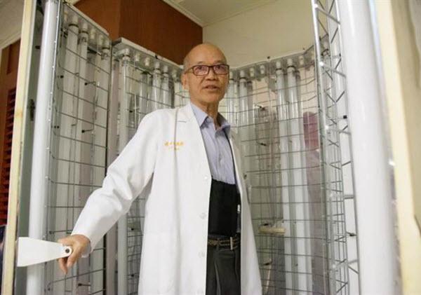長庚高雄醫院名譽副院長 陳順勝 教授醫師